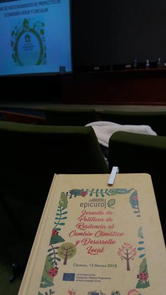 """Ayer, nuestros técnicos del #ProyectoADAPTALOCAL asistieron a la Jornada """"Políticas de resiliencia al cambio climático y desarrollo local - Proyecto EPICURO""""."""