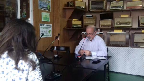 Los técnicos del #ProyectoADAPTALOCAL están hablando en Radio Siruela 107.80FM de la jornada fin de proyecto de mañana a las 10 en la casa de la cultura de @ayto_siruela