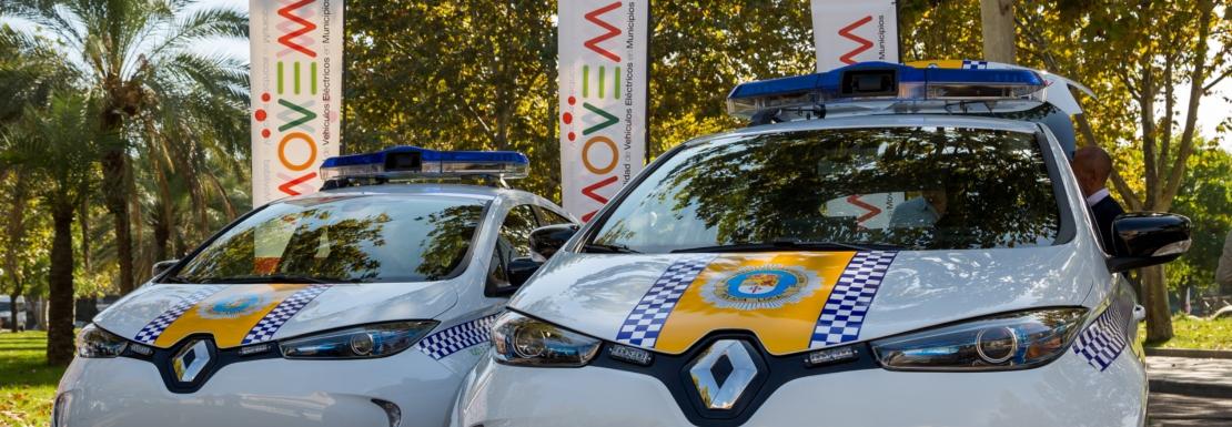 Diputación de Badajoz hace entrega de los primeros vehículos eléctricos del Plan MOVEM
