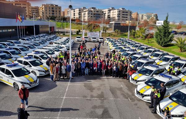 La Diputación de Badajoz entrega 67 vehículos 100% eléctricos del Plan MOVEM