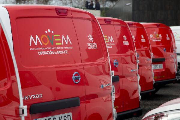 El Plan MOVEM de Diputación de Badajoz aumenta un 422% el número de matriculaciones de vehículos eléctricos en Extremadura en 2018