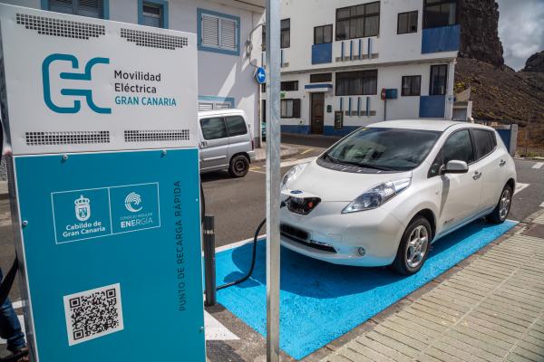 Diputación de Badajoz visita el Consejo Insular de la Energía de Gran Canaria