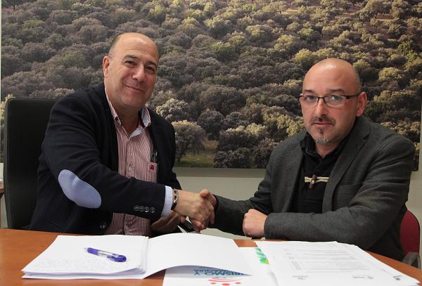 Diputación de Badajoz mejorará la iluminación del castillo de Segura de León