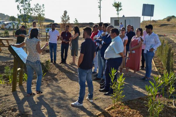 Diputación de Badajoz crea en Valverde de Leganés el primer jardín adaptado al cambio climático