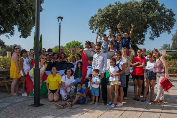 Un grupo de niños saharauis visitan varias dependencias de la Diputación de Badajoz
