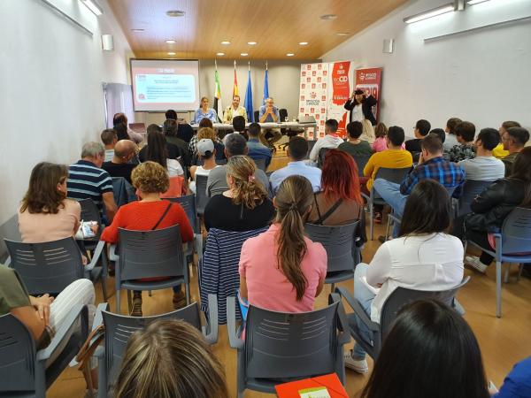 La Feria de Empleo, Emprendimiento y Empresa celebrada en el CID La Serena de Castuera, moviliza a más de 140 personas en situación de desempleo, emprendedoras y empresarias
