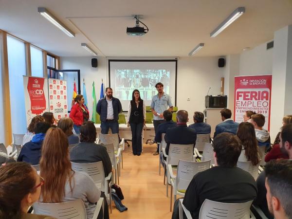 La nueva edición de la Ferias de Empleo, Emprendimiento y Empresa celebrada en Guareña, atrae a más de 120 personas