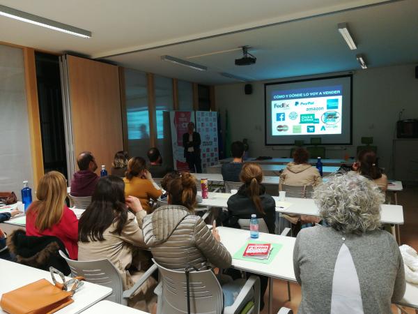El Centro Integral de Desarrollo Municipios Guadiana celebra un taller sobre Marketing Digital en el punto de venta