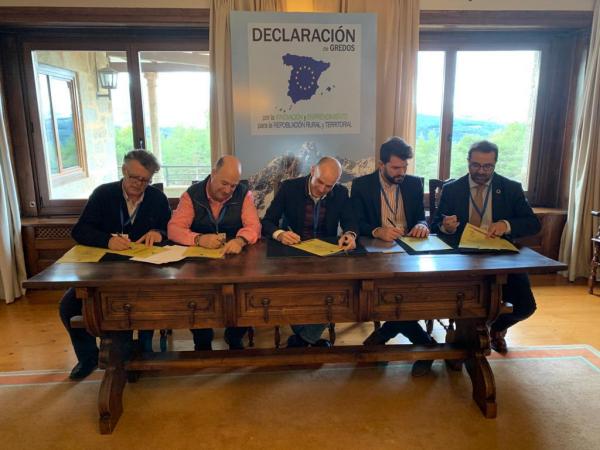 Diputación de Badajoz se adhiere al Gran Pacto Nacional Por la Innovación y el Emprendimiento para la Repoblación Rural y Territorial