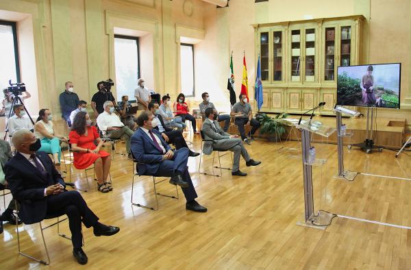 La Diputación de Badajoz crea un catálogo de productores locales de la provincia que pone el foco en la producción bajo parámetros de sostenibilidad