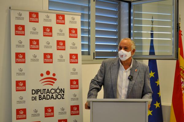 Un nuevo curso de 'Atención sociosanitaria a personas dependientes en instituciones sociales' ha comenzado en Villafranca de los Barros