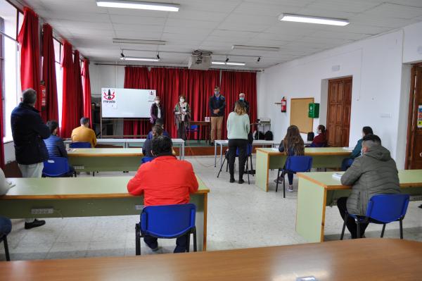Comienza en Villafranca de los Barros la acción formativa de 'Sacrificio, faenado y despiece de animales'