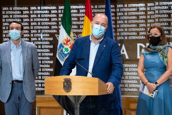 La Diputación de Badajoz se adhiere a la iniciativa Slowlight para una iluminación pública sostenible